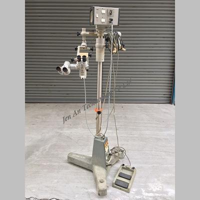 手術顯微鏡